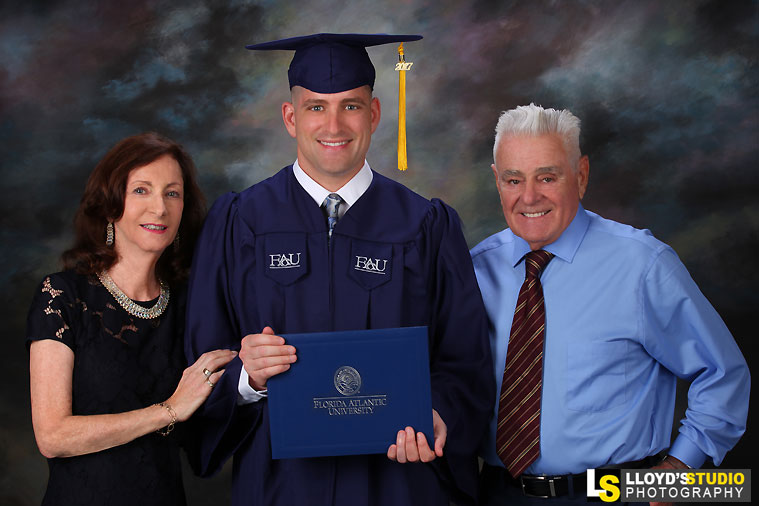 Graduation Portraits , FAU Graduate Boca Raton Graduation Portrait